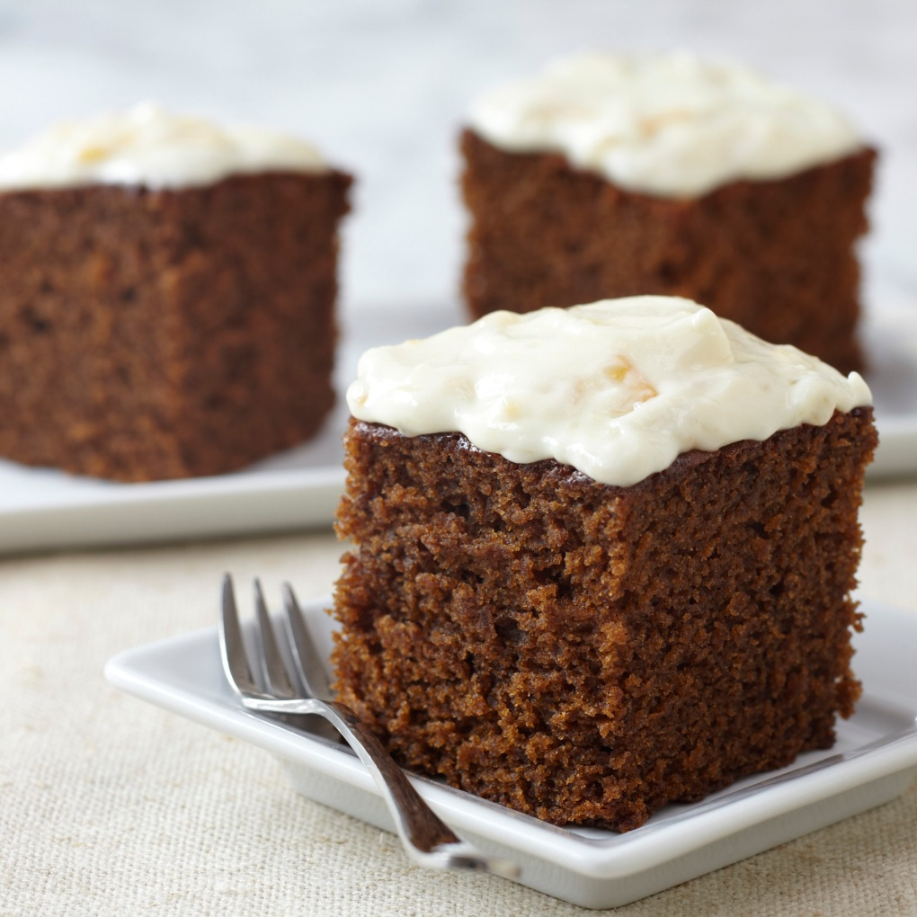 Old_Fashioned_Gingerbread_Cake 1