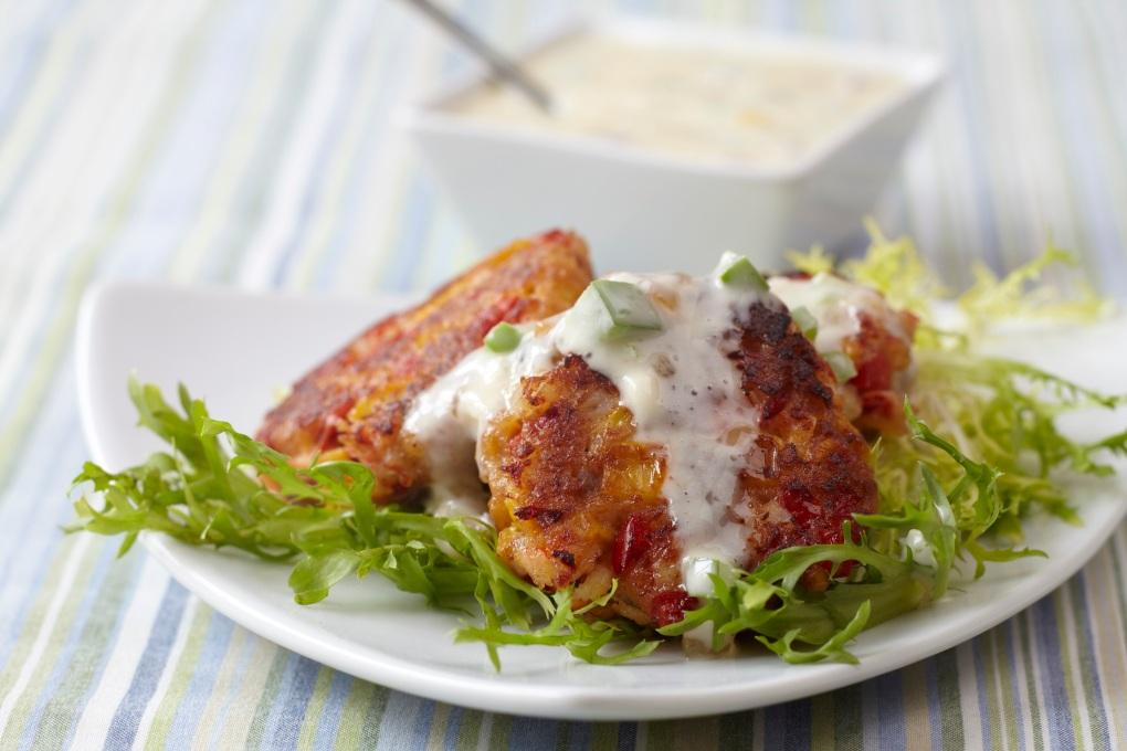 Lobster_Cakes_with_Lemon_Pear_Tartar_Sauce