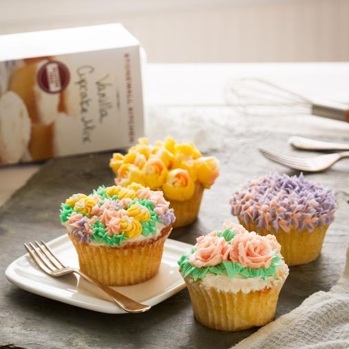 061317_CupcakeDay